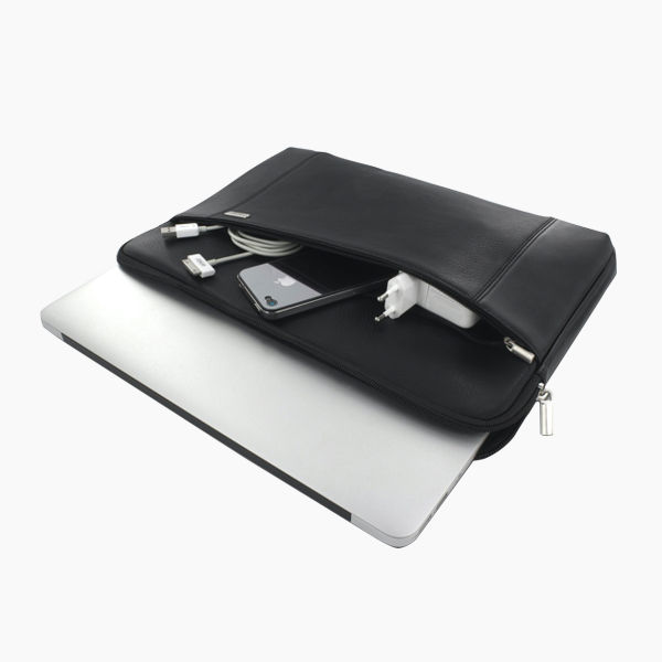 Leather Pouch MacBook:Hover